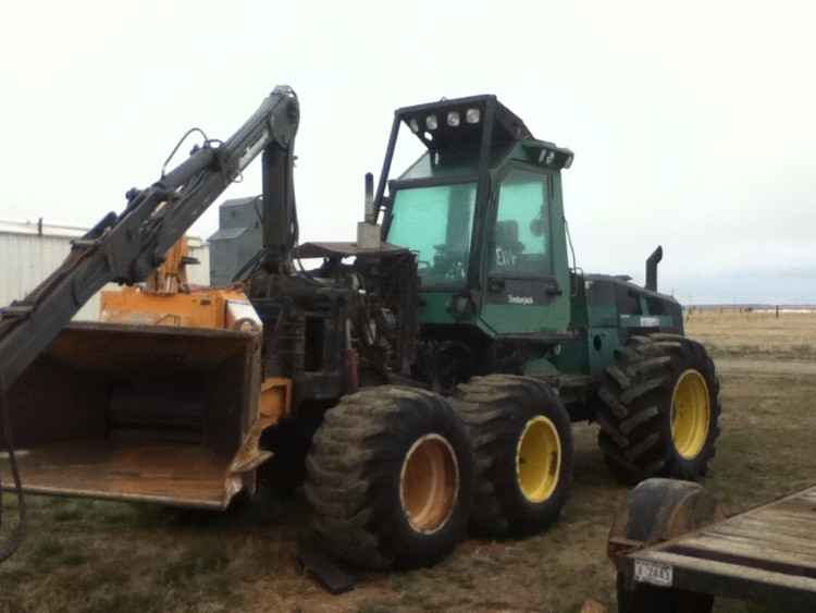 Timberjack 1270 Converted to a Chipper ***SOLD***