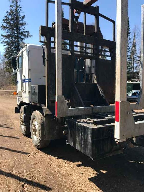 Peterbilt 362 Log Truck with Serco 8000 Loader *SOLD