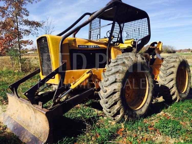 John Deere 440 Cable Skidder ***SOLD***