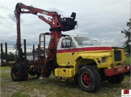Hood 7000 Loader Mounted On A Ford Truck Sold