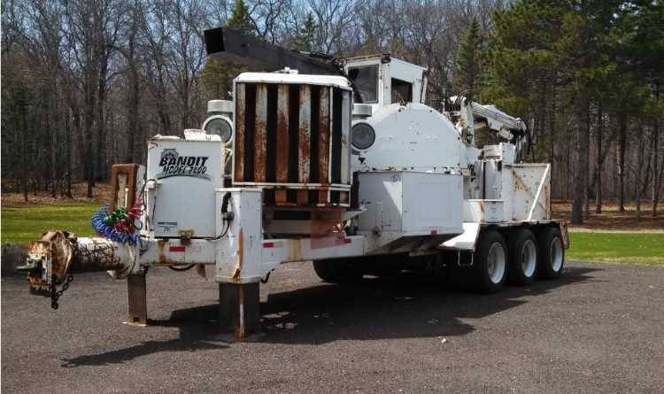 Bandit 2400 Whole Tree Chipper