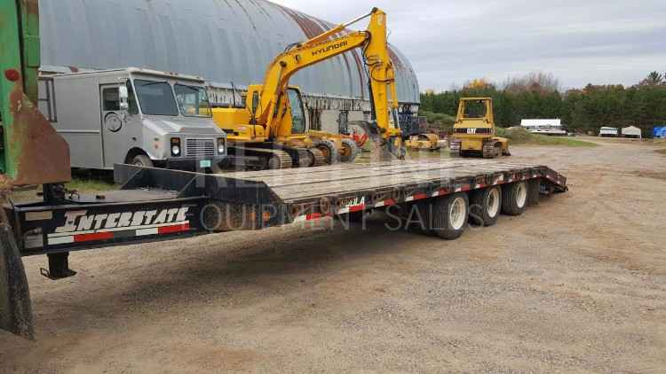 Interstate 32' Tri Axle Dovetail Trailer