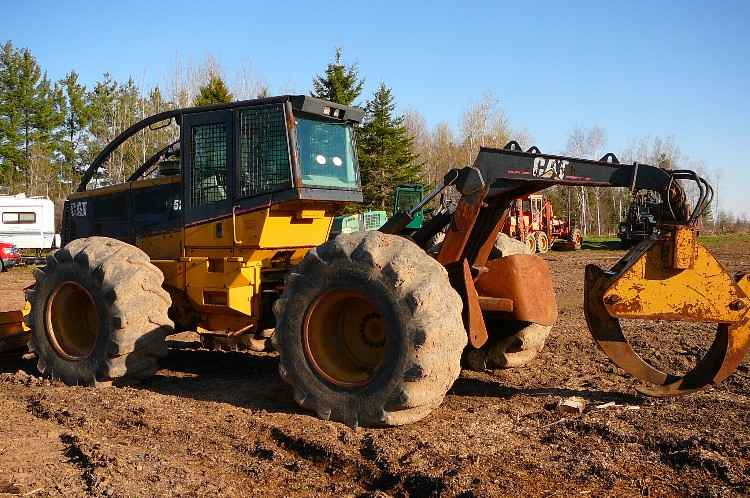 CAT 525B Grapple Skidder ***SOLD***