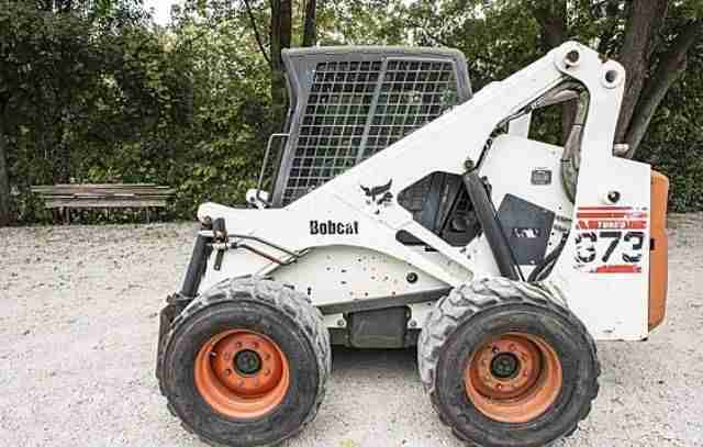 Bobcat 873 Skid Steer
