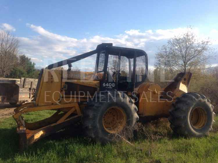 John Deere 640D Skidder ***SOLD***