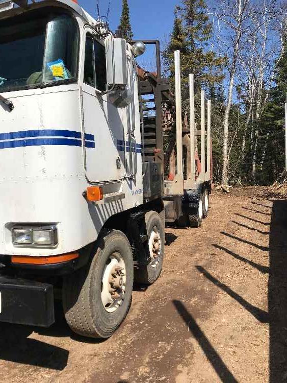 Peterbilt 362 Log Truck with Serco 8000 Loader *SOLD*   Minnesota