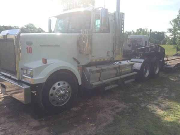 Western Star Day Cab Log Truck