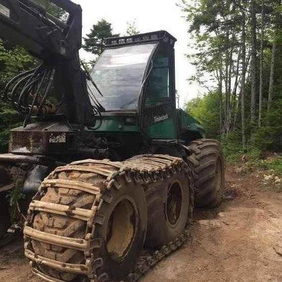 Timberjack 1270B Processor with 762C Head