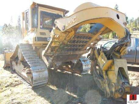 Cat d5h tsk specs : Funny cat pushing things off table