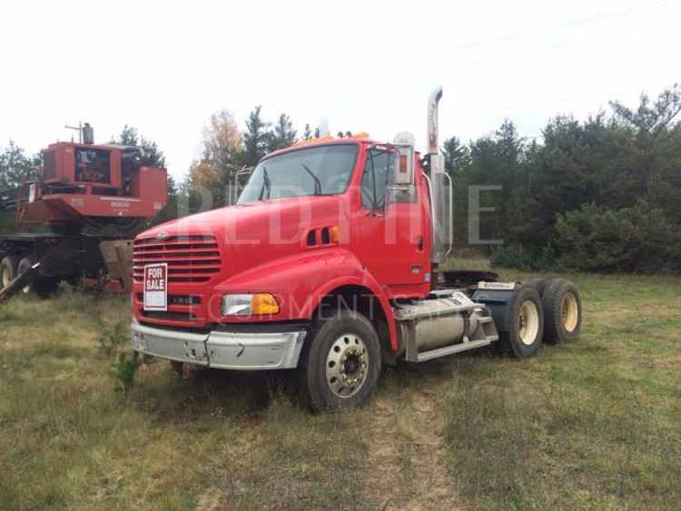 Sterling AT9500 Log Truck ***SOLD***
