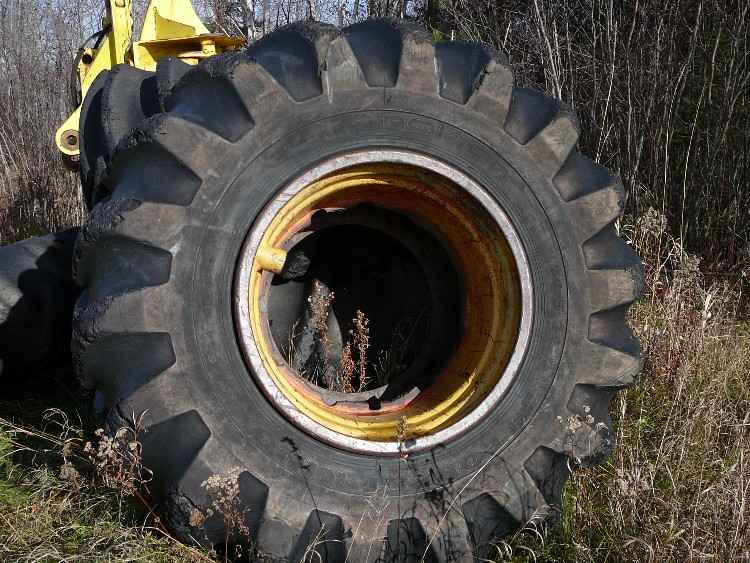 (4) 67x34.00x26 Firestone Forestry Specials Tires