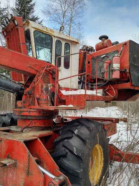 Hood 24000 Self Propelled Loader And Slasher Minnesota