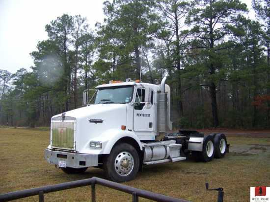 Kenworth T800 T/A Day Cabs